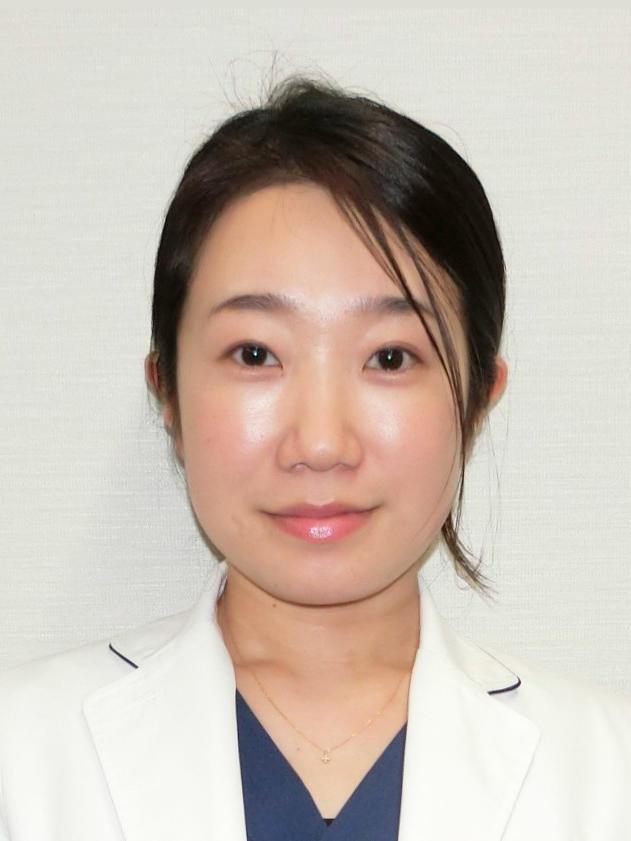平川 愛子